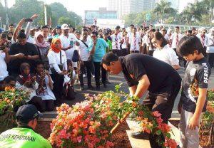 Pemprov DKI Jakarta Giat Tanam 100 Ribu Bougenville untuk Serap Polusi Jakarta