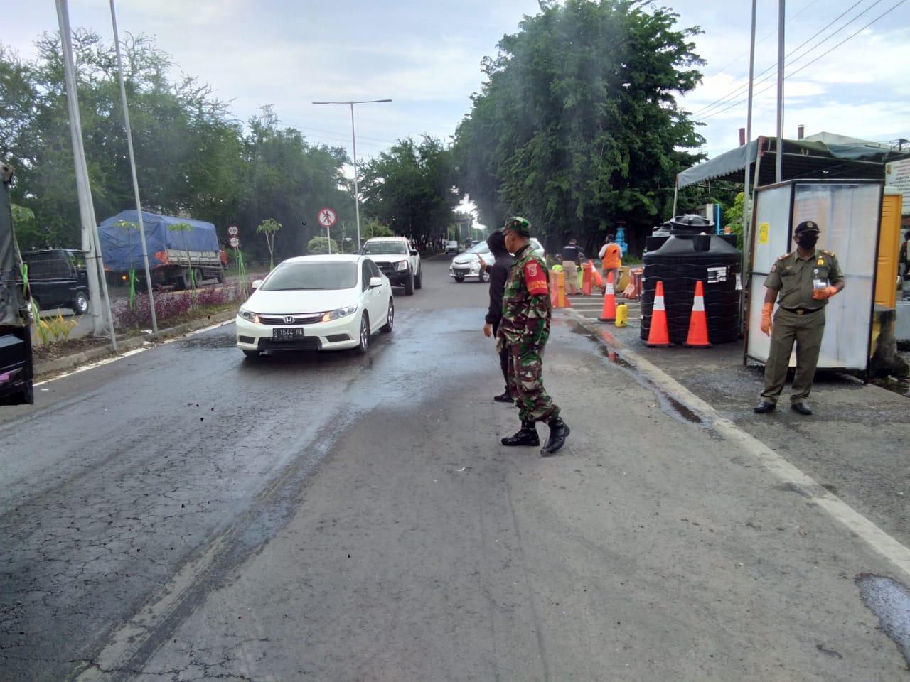 3. Pintu Masuk Surabaya Diperketat