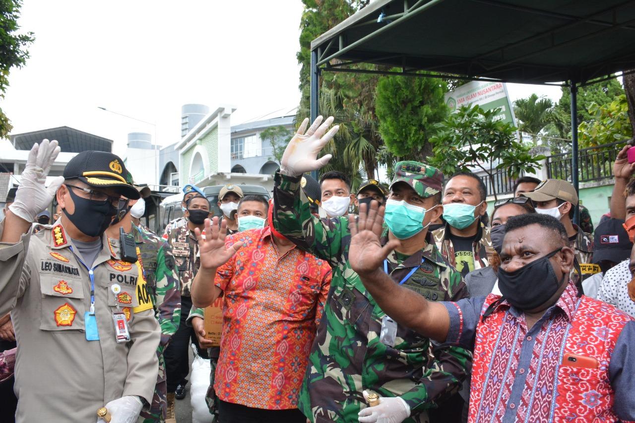 2. Penyaluran Bantuan ke Mahasiswa Papua