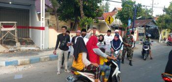 SOMAHASA Bagi 1.000 Takjil Gratis Untuk Masyarakat Sampang