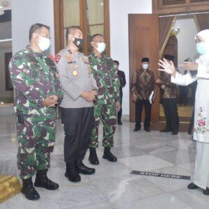 Kepala Staf Koarmada II Hadiri Pengukuhan dan Ta'aruf Dewan Pimpinan MUI Provinsi Jatim