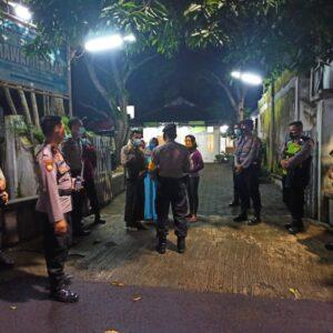 Tak Terima Ibunya Dimakamkan Secara Covid-19, Seorang Pemuda di Bondowoso Ancam Petugas Dengan Sajam