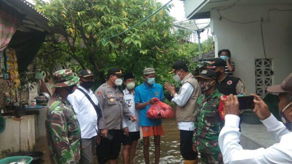 Hujan Deras Rendam 45 Rumah Warga di Sumenep, 2 Ambruk