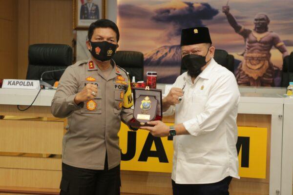 Terima Kunker Ketua DPD RI, Kapolda Irjen Nico Afinta Sampaikan Kantibmas di Jatim