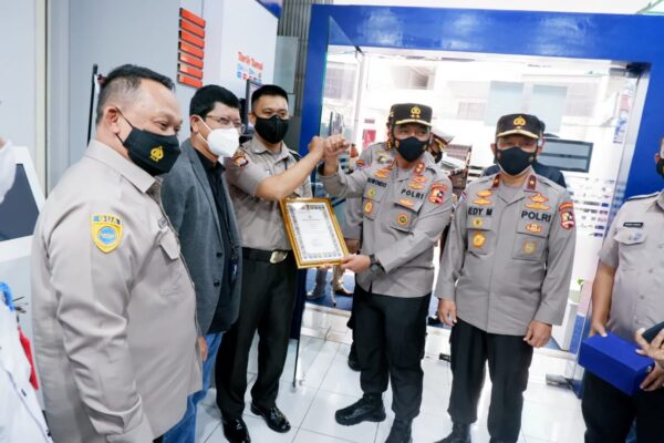 Ini Penyebab Polri Beri Penghargaan Satpam BRI di Makassar