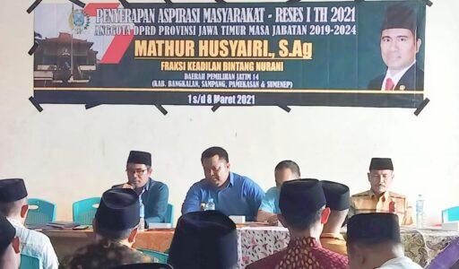 Masyarakat Ngadu DPRD Provinsi, Banyak Mark Up Data Siswa di Sumenep