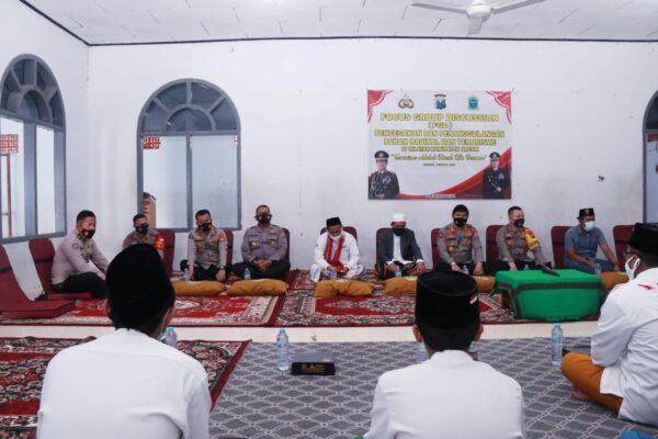 Tim Divisi Humas Polri Silaturahmi ke Ponpes Ushulul Hikmah AL Ibrohimi Gresik