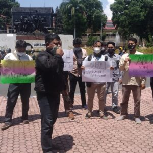 Wartawan Bondowoso Desak Polisi Usut Kekerasan Terhadap Jurnalis di Situbondo