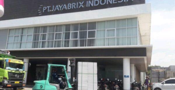Warga Kemantren Lamongan Keluhkan Dampak Pabrik PT. Jaya Brix Indonesia