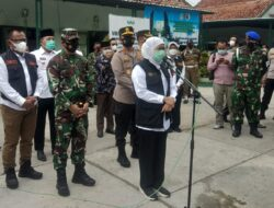 Gubernur Jatim, Pangdam V/Brawijaya dan Kapolda Jatim Monitor Pelaksanaan Vaksinasi Skala Besar di Sampang