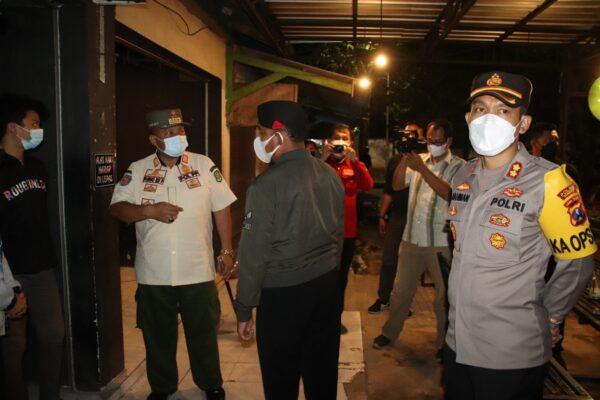 Bupati Sumenep Pantau Langsung Aktivitas Cafe dan Rumah Makan di Hari Pertama PPKM Darurat