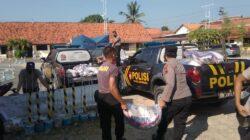 Peduli Masyarakat Terdampak PPKM Darurat, Polres Sampang Gelontorkan 52 Ton Beras