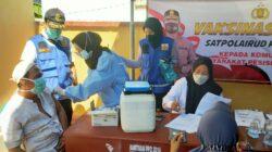 2000 Dosis Vaksin untuk Pulau Mandangin Dikawal Langsung Sat Polairud Sampang
