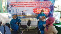 Pacu Terwujudnya Herd Immunity, Satgas Covid-19 Gelar Vaksinasi di Pasar Srimangunan