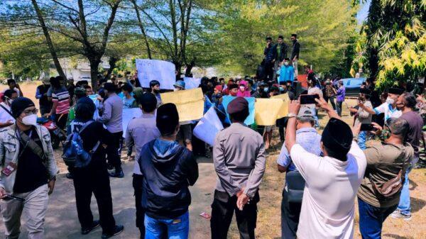 Buntut Ucapan Camat Batang-batang yang Viral di Medsos, PPS Gelar Aksi Demo